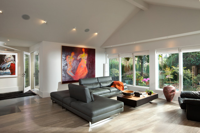 Exceptionnel Living Room   Modern Open Concept Living Room Idea In Vancouver With White  Walls