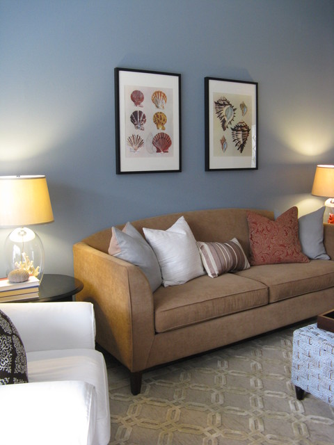 Geometric Rug With Neutral Tones Eclectic Living Room