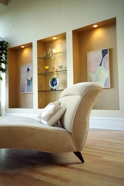 GLASS SHELVES modern-living-room