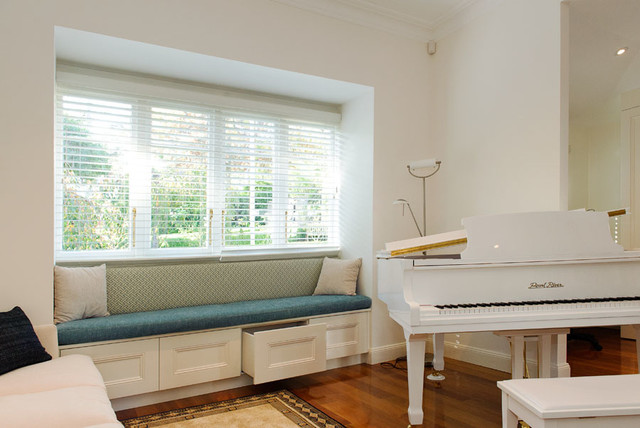 Glenbrook Window Seat Traditional Living Room Sydney