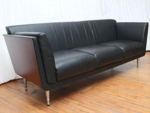 Goetz Sofa For Herman Miller Living Room