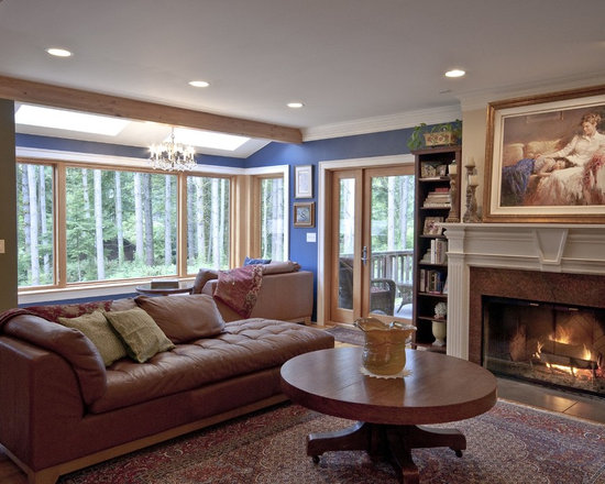 Traditional living room design ideas pictures remodel for Multi color living room ideas