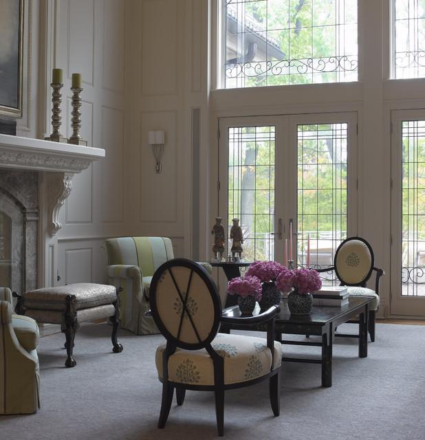 Traditional Living Room Interior Design: Grand Classic