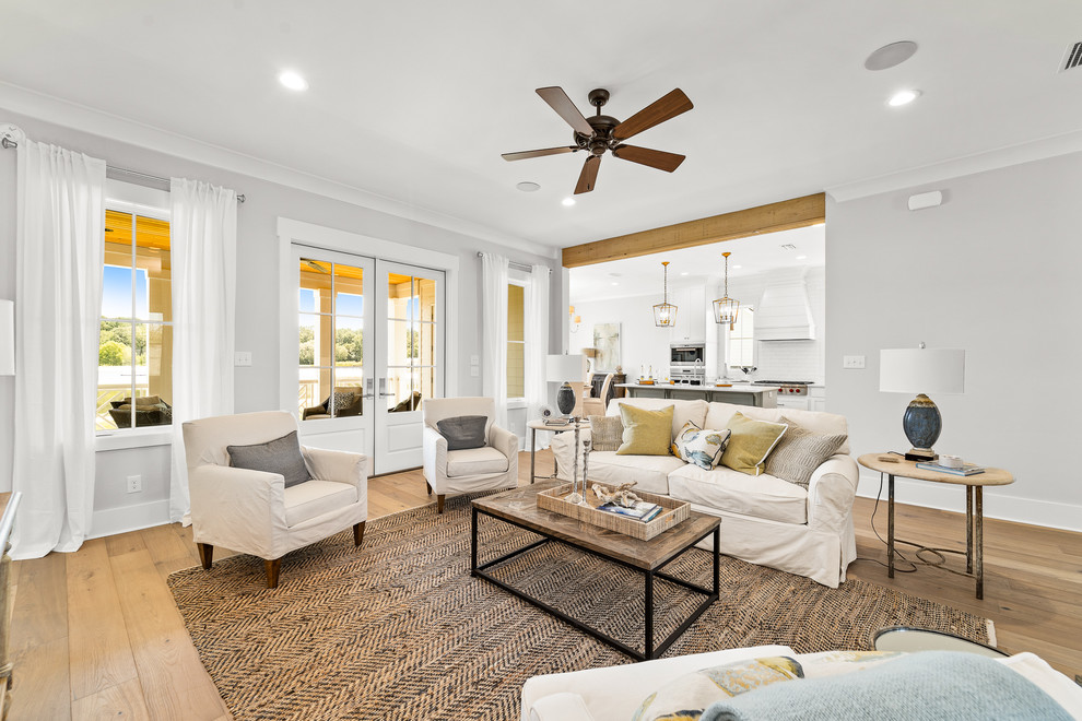 Example of a living room design in Miami