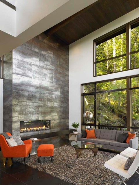 Great room with floor to ceiling fireplace modern - Floor to ceiling fireplace ...