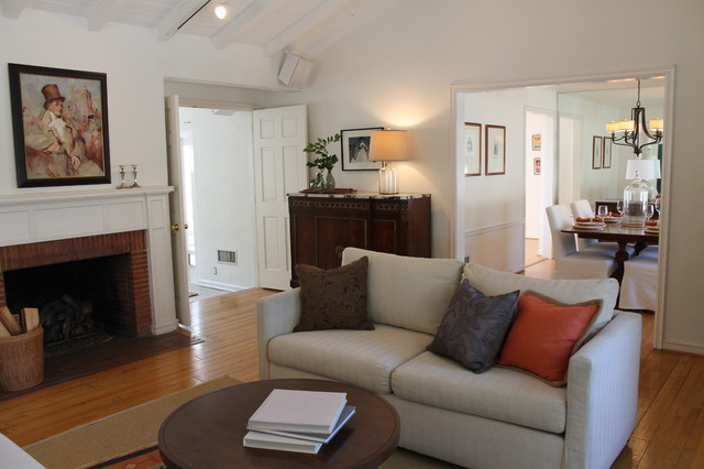 Great Room With Pottery Barn Style Traditional Living