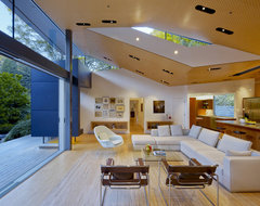 GRIFFIN ENRIGHT ARCHITECTS: Ross Residence modern-living-room