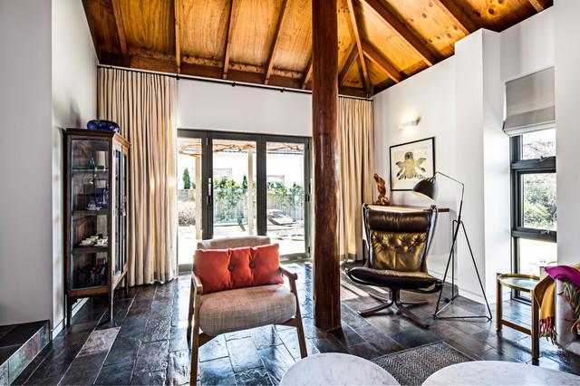 Griffith Renovation Scandinavian Living Room