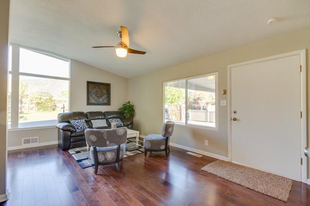 GTO House traditional-living-room