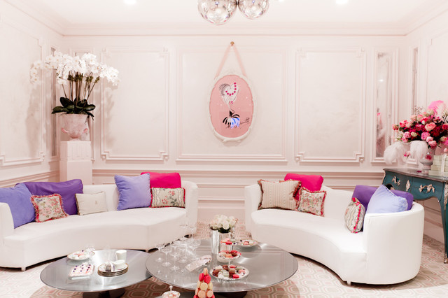 Guillaume gentet holiday house hamptons contemporary for Table basse ovni roche bobois
