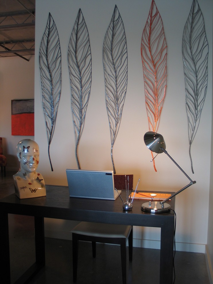 Example of an urban living room design in Portland