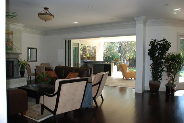 Hamilton Ave. traditional-living-room