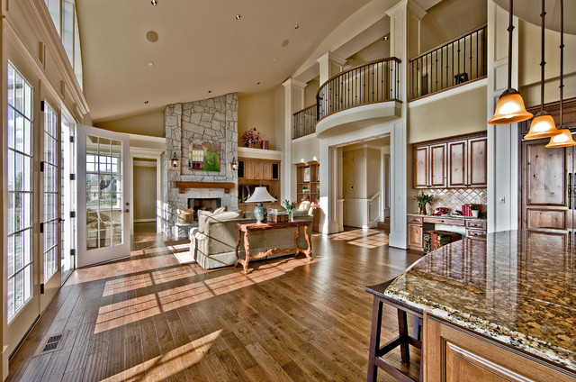 Hampton Point of View by Design Guild Homes traditional-living-room