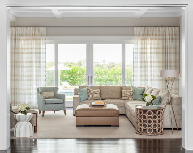 Hamptons summer home coastal living room other metro for 1 living room 4 color schemes