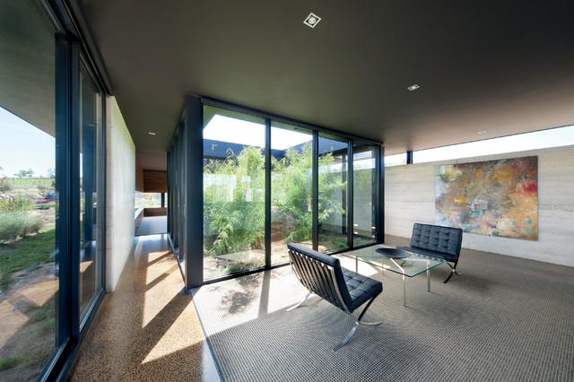 Hanging Rock House modern-living-room