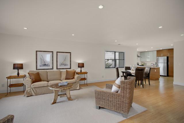 Hannah traditional-living-room