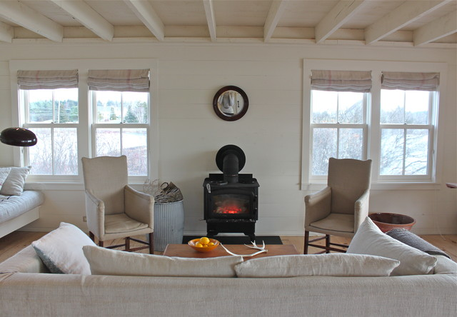 Harbor Cottage, Maine rustic-living-room