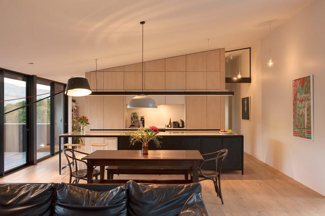 Harkess contemporary-living-room