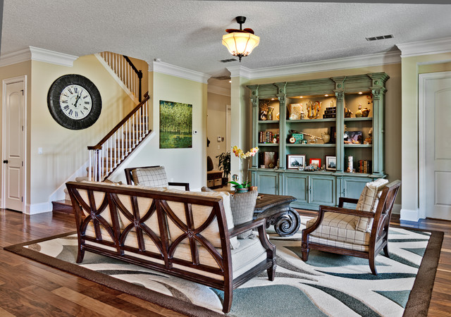 Heritage manor traditional living room jacksonville for Heritage manor