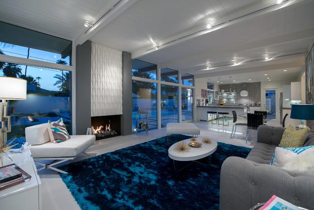 Hidden desert south modern living room los angeles by h3k design - Secret keys contemporary living room design ...