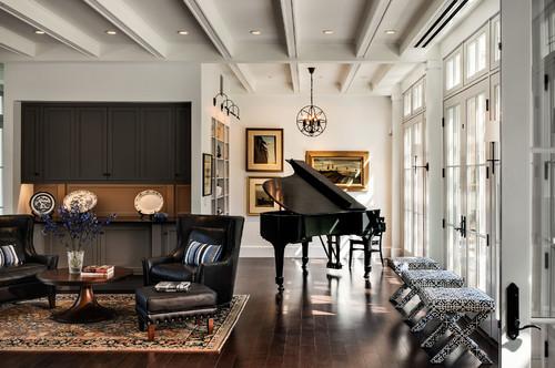 さわやかな朝の光を浴びながら気持ちよいメロディーを演奏できそうなグランドピアノです。