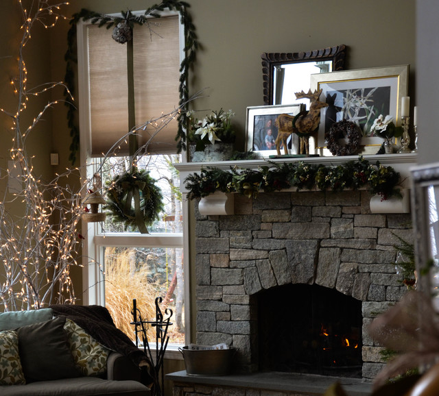Decorating Ideas > Holiday Decor  Traditional  Living Room  New York  By  ~ 213040_Houzz Christmas Decorating Ideas