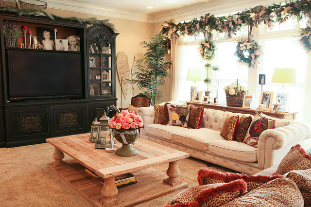 Holiday Decor - Traditional - Living Room - Columbus - by Julie ...
