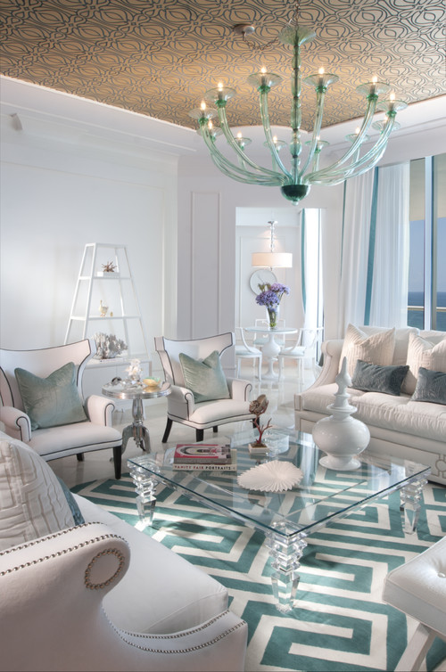 South Floridian Getaway Inspired By Old Hollywood Glamour Trying To Balance