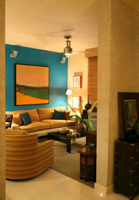 Home in Guaynabo, Puerto Rico tropical-living-room
