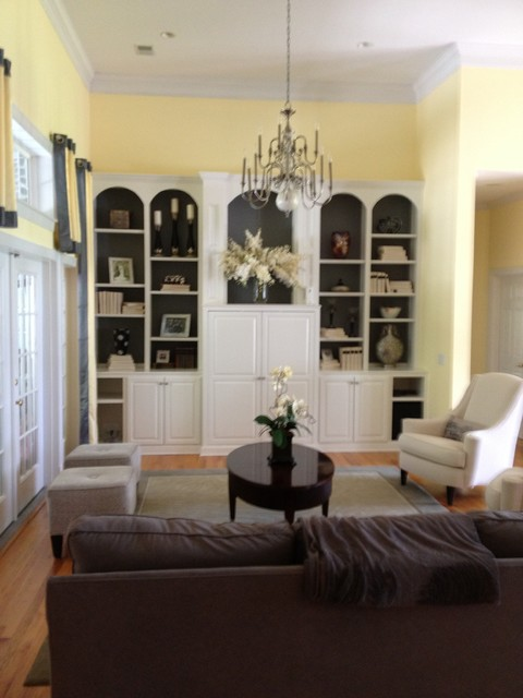 Home Staging - Built-In Shelving System - Traditional ...