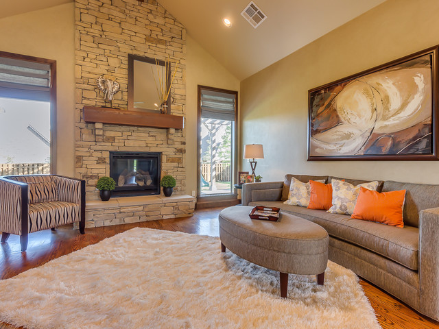 Home staging edmond oklahoma traditional living room by living in the 405 Interior designers edmond ok