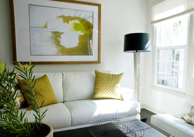 home staging interior design white leather sofa green