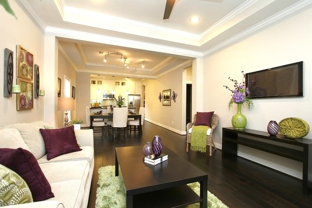 Home Staging On Northwood In The Heights Transitional Living Room Houst