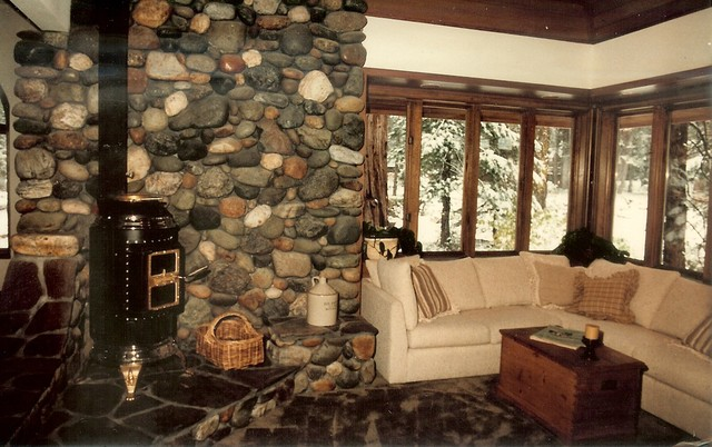 House design- Tahoe Lakefront traditional-living-room
