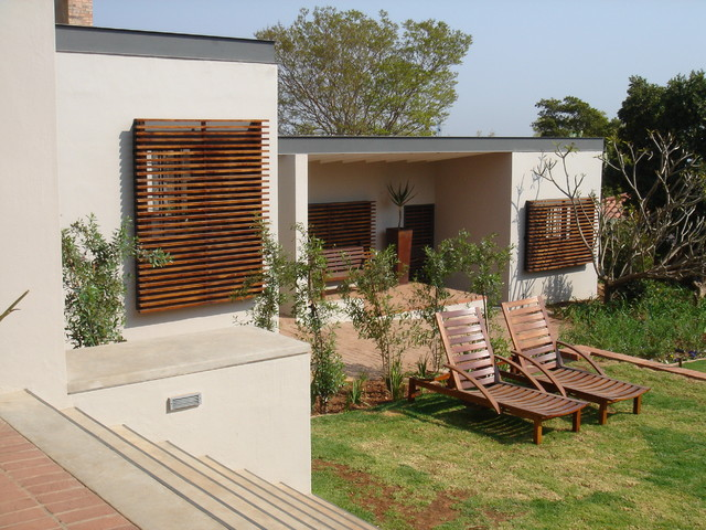 House Prinsloo Waterkloof contemporary-living-room