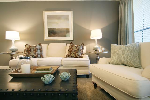 Houston urban chic traditional living room houston for Muebles urban chic