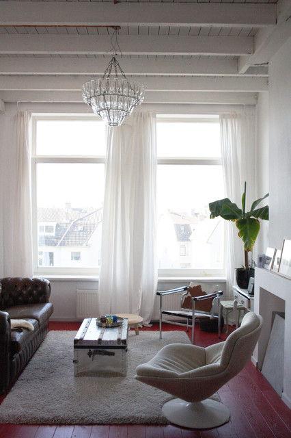 Houzz Tour: A light-filled South Holland eclectic coastal home eclectic-living-room