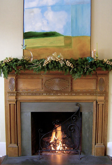 living room Houzzers Deck the Mantels