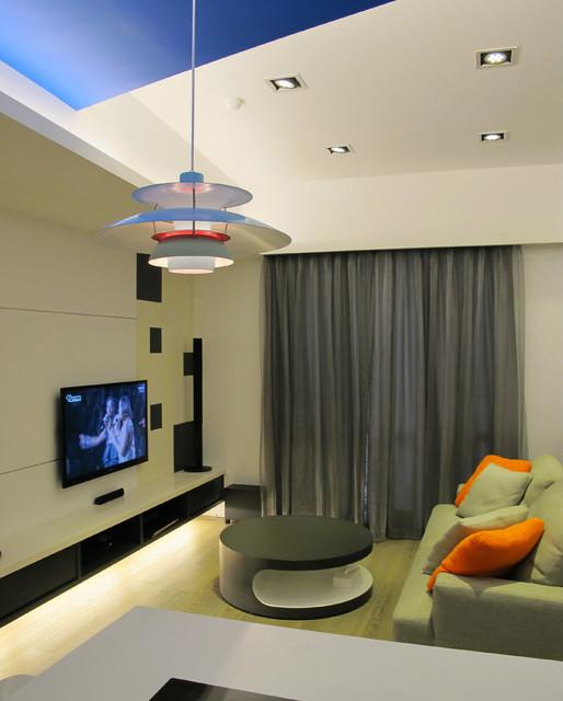 Humane and comfortable modern-living-room
