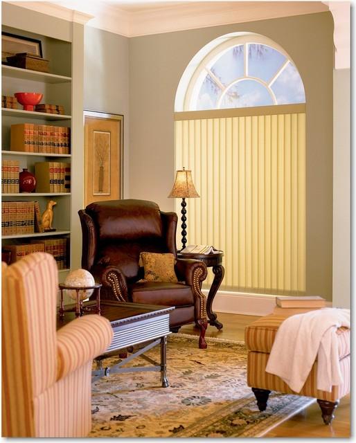 Hunter douglas window treatment for Traditional window treatments living room