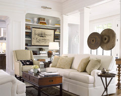 In Atlanta Homes with Thomasville Furniture traditional-living-room