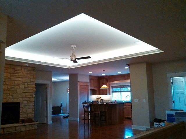 Indirect lighting - Modern - Living Room - cedar rapids - by Germaine Electric Inc