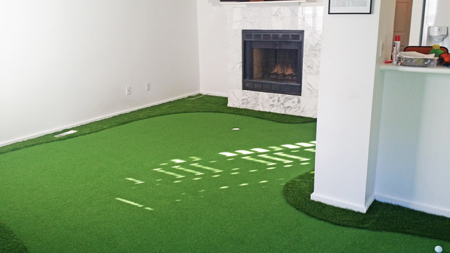 Indoor Putting Greens Contemporary Living Room Denver By Plushgrass Custom Synthetic Turf