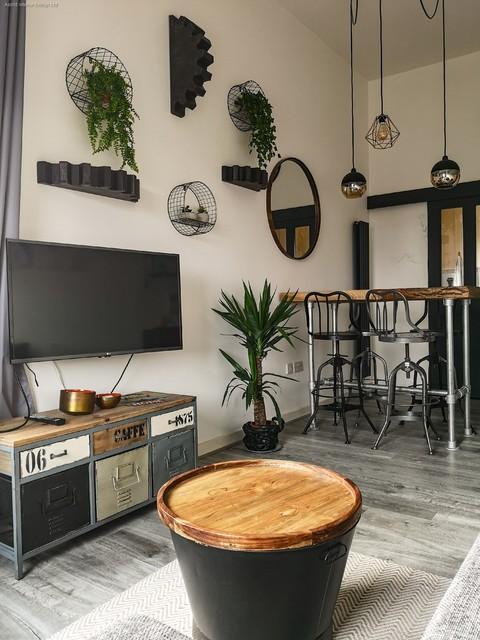 Industrial Living Room Industrial Esszimmer London Von Astrid Interior Design Ltd Houzz