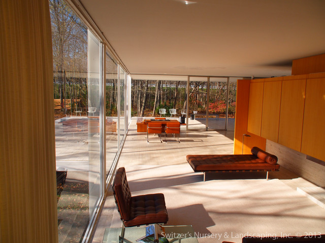 Influential Architecture ~ The Edith Farnsworth House Modern Living Room