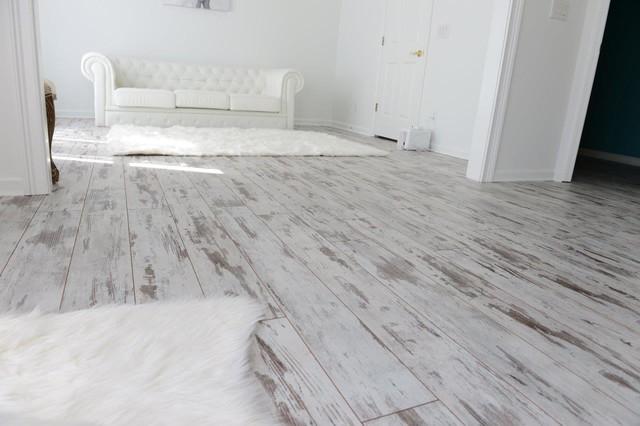 Inhaus Urban Loft Whitewashed Oak Transitional Living