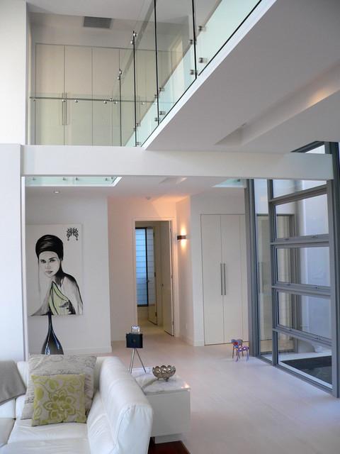 Inner City House # Brisbane modern-living-room
