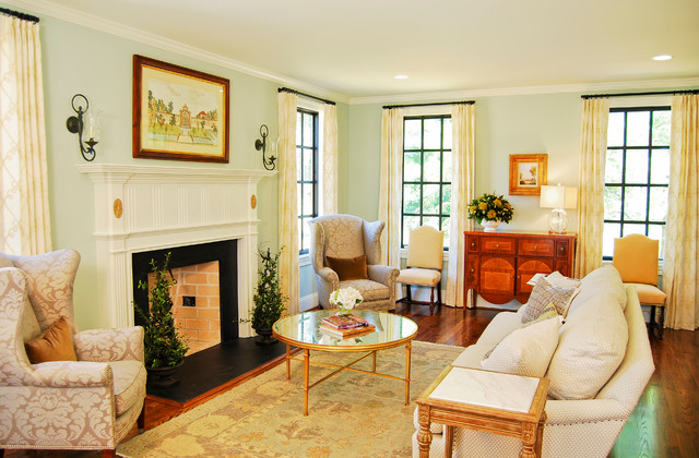 Inspired early 1920 39 2 rivermont home farmhouse living for Living room 1920 s
