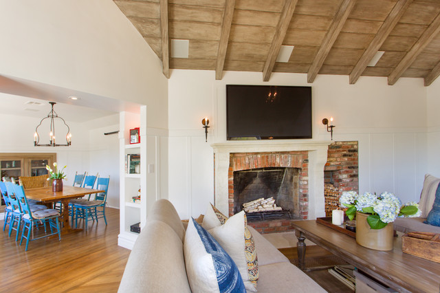 Iredell st traditional living room los angeles by for Family room los angeles