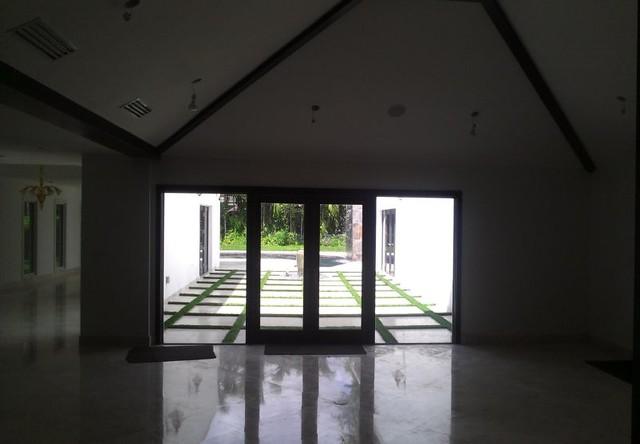 Island Rd New Construction modern-living-room